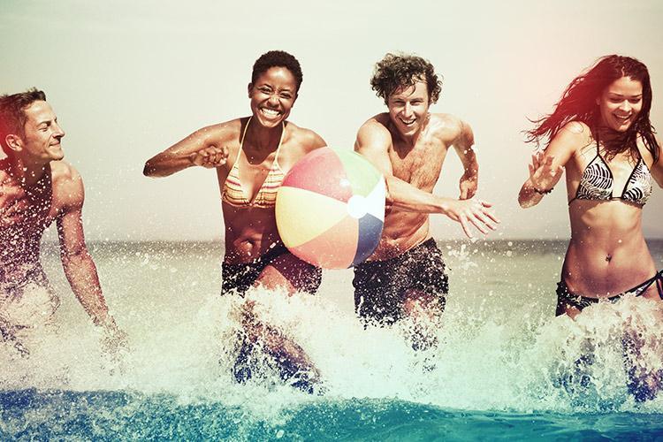 4 dicas importantes de cuidados com os dentes no verão