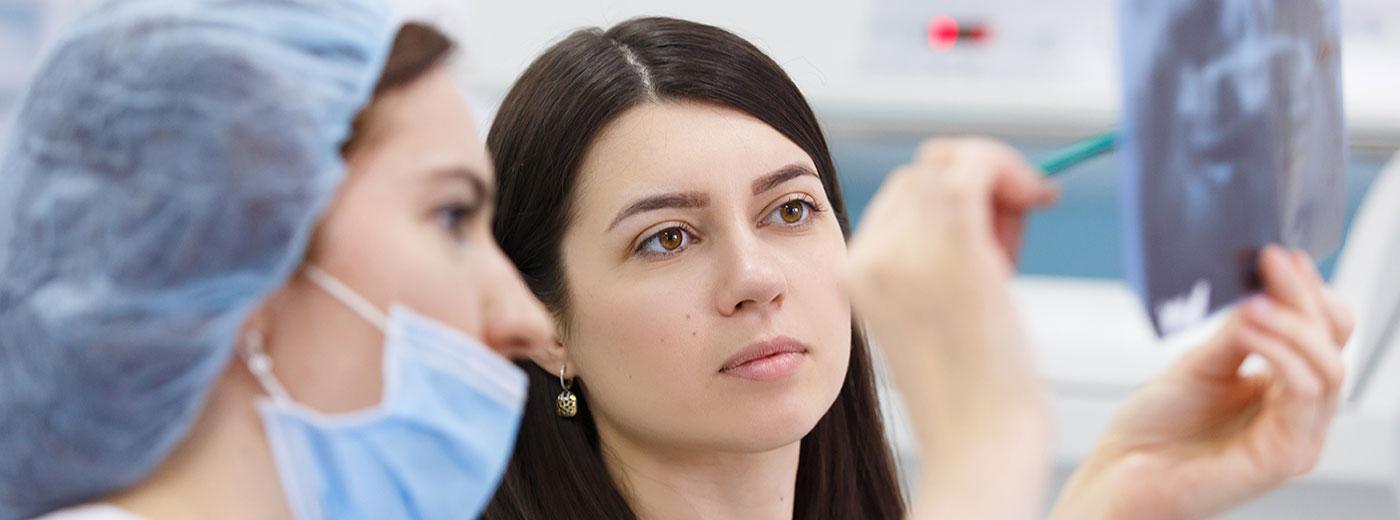 Quais são as causas do câncer de boca e como tratar a doença