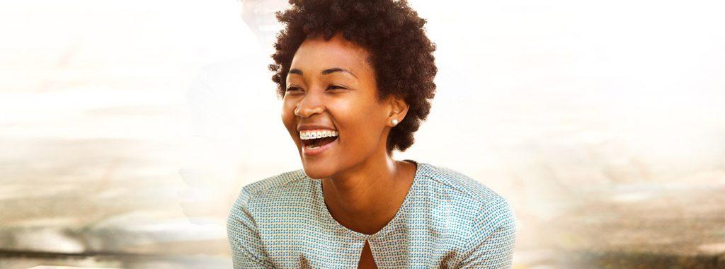 Conheça os 7 benefícios principais do uso do aparelho ortodôntico