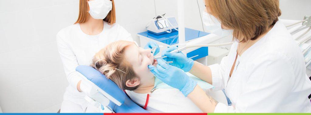 8 motivos para se ter cuidado com os dentes durante a gravidez